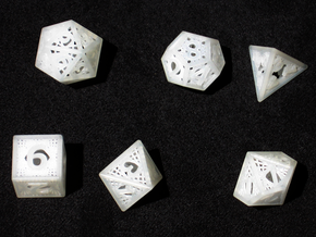 Woven Dice - Small in Frosted Ultra Detail