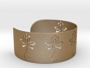 Ø2.677 inch/Ø68 mm Flower Bracelet in Matte Gold Steel