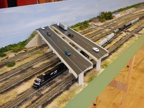 Bridge supports N Scale in White Strong & Flexible
