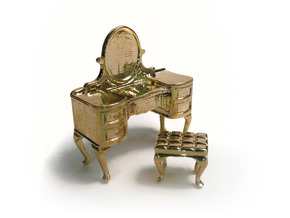 1:48 Vanity in Polished Brass