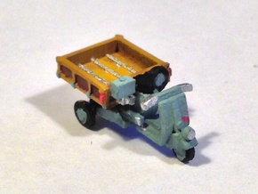 N Scale 1948 Piaggio Ape w/ Open Bed in Frosted Ultra Detail