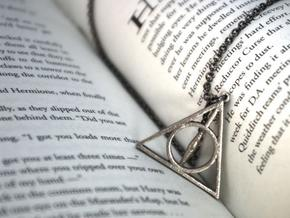 Deathly Hallows Necklace - Medium in Stainless Steel