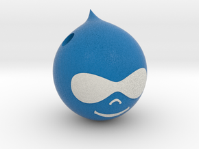 Drupal 8 Druplicon Pendant: 3cm in Full Color Sandstone