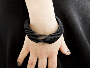Lama Bracelet - Medium Size in Black Strong & Flexible