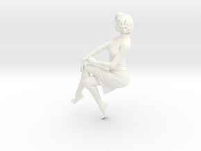 Lady sitting-026 scale 1/24 Passed in White Strong & Flexible Polished
