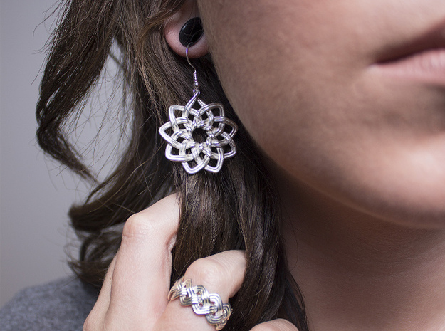 Woven Earrings 3d printed
