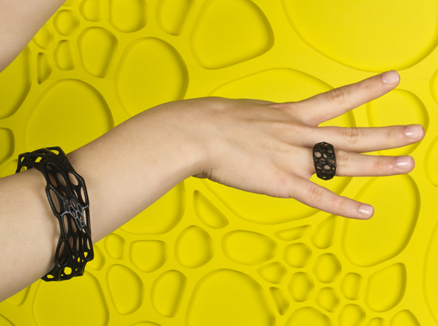 2-Layer Twist Ring 3d printed in Black Strong and Flexible