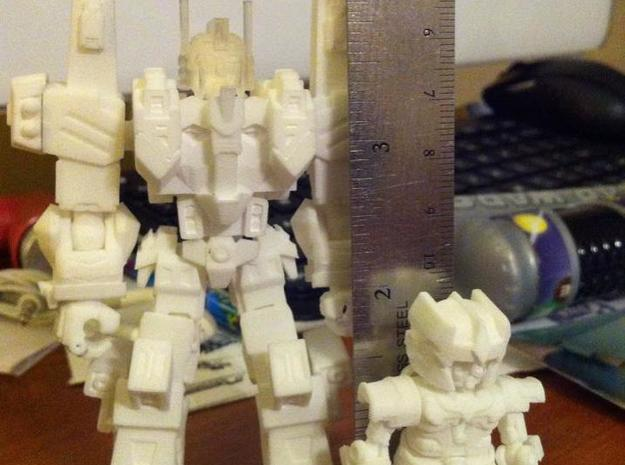 MiniBot - LoadBearer With Magnum Armor 3d printed