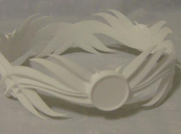 Feathered Bracelet -v1 3d printed Printed in White, Strong, and Flexible.