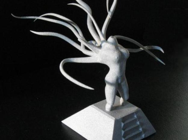 Alien Goddess - Large Version 3d printed Direct side view of the Alien Goddess in alumide under natural lighting.