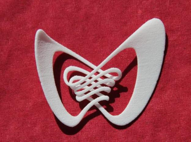 Ailes de Papillon - plain 3d printed In WSF, very flexible, almost fragile. Not recommended as a pendant in this material.