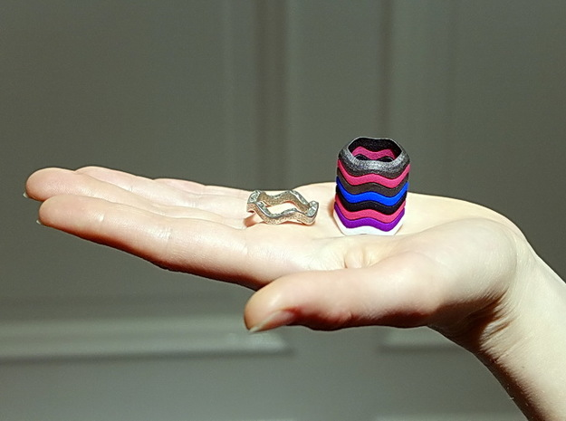 """""""Hitten Hearts """" two or more parts fits together 3d printed you can build a tower to your finger"""