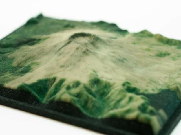 Full Color Mt. St. Helens Model 3d printed printed object - angle view