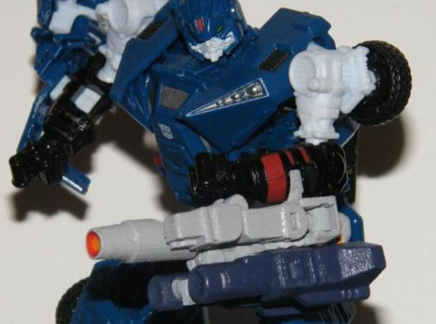 """Dustup"" Gunslinger figure 3d printed Gun mode, shown underslung by clipping to a 3mm rail."