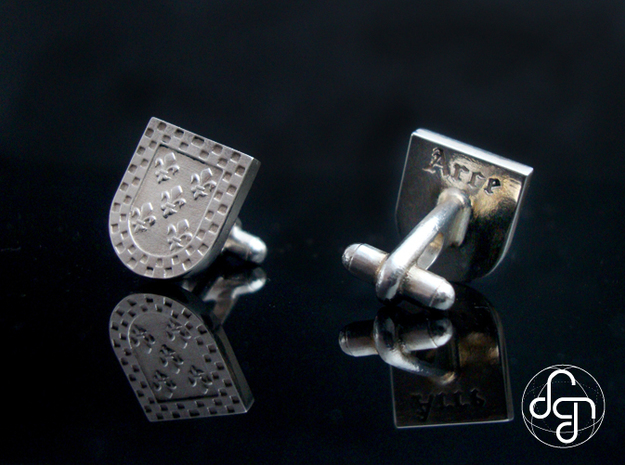 Heraldic Cufflinks (Arce) 3d printed Detail [Polished Silver]