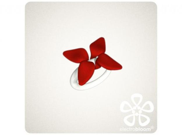 Louise leaf charm. 3d printed TWO RED LOUISE LEAF CHARMS ON WHITE SNAP RING