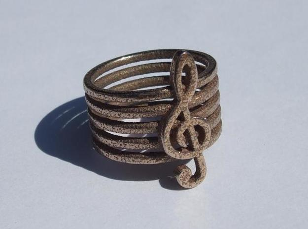 Treble Clef Ring 3d printed white background