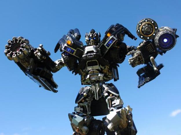 DOTM Leader Ironhide poseable hands 3d printed by Metallitron!