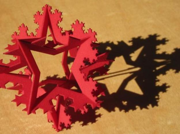 Koch Fractal Ornament 3d printed In the sun with shadow.