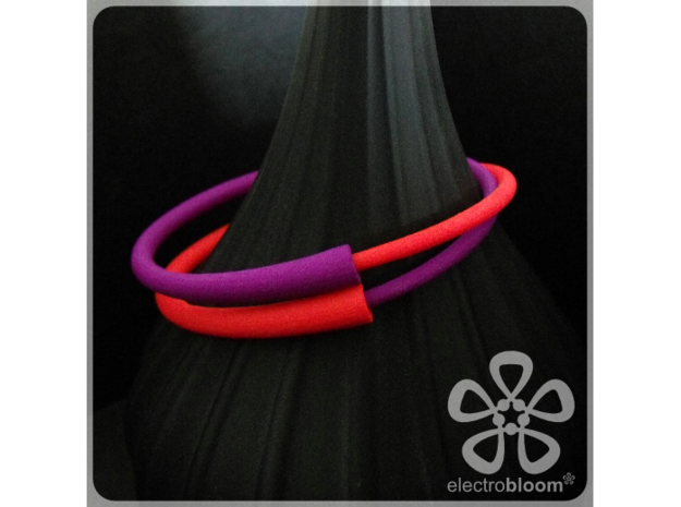 Snap bangle. 3d printed 2 Snap Bangles in Red & Purple