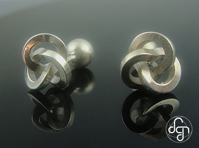 Close-up [Polished Silver]