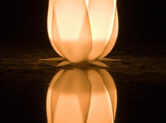Photo of the translucent light, using a standard tea light.