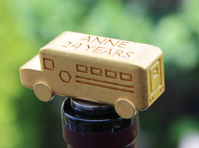 School Bus Wine Stopper in Action (in Gold Polished Steel)