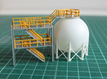 N Scale Spherical Tank + Walkway