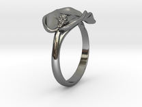 Lily ring in Premium Silver