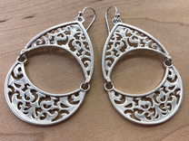 BlakOpal Filigree Teardrop Earring in Interlocking Polished Silver