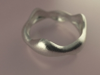 Tripod Ring in Polished Silver