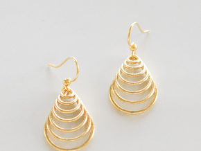 Teardrop Earrings in Polished Brass