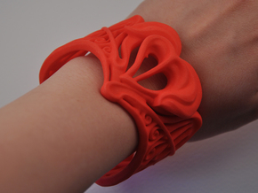 Valentine Heart Bracelet in Red Processed Versatile Plastic