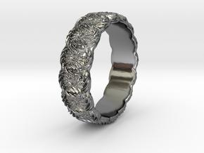 Daisy - Ring in Premium Silver: 6.75 / 53.375