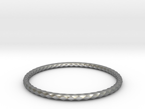 Diamond Pattern Bracelet USA Size Medium in Natural Silver