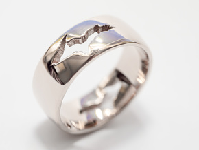 Upper Peninsula Comfort-Fit Ring  in Fine Detail Polished Silver: 10 / 61.5