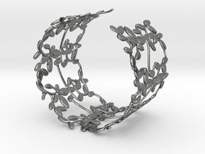 Leaves Bracelet in Fine Detail Polished Silver