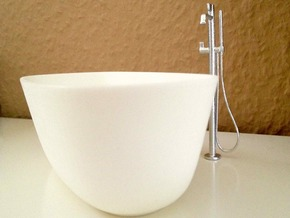 1:12 Bath Tub in White Processed Versatile Plastic