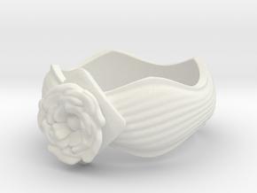 Flower Ring size10 in White Natural Versatile Plastic