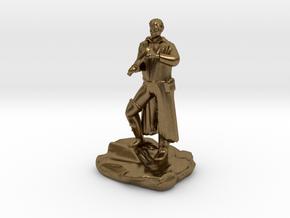 Half Elf Rogue Charlatan in Natural Bronze