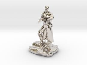 Half Elf Rogue Charlatan in Platinum
