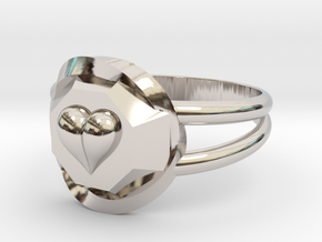 Size 8 Diamond Heart Ring F in Platinum