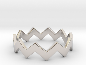 Zig Zag Wave Stackable Ring Size 6 in Rhodium Plated Brass