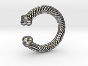 Viking Ring Gamma in Fine Detail Polished Silver