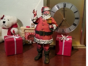 Santa Ringing a bell 1:12 scale in Full Color Sandstone