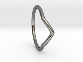 V ring (small) in Fine Detail Polished Silver