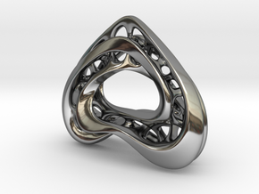 LoveHeart RoyalModel in Fine Detail Polished Silver