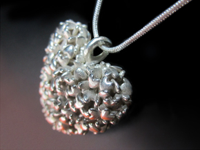365 Hearts Pendant - Large in Polished Silver
