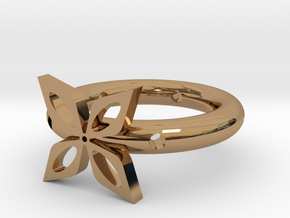 The ring of four leaves in Polished Brass