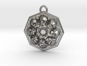 SKUX pendant  in Natural Silver